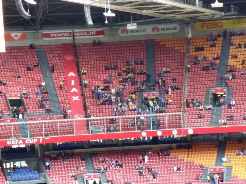 Publiek Cambuur ver voor aanvang Ajax - Cambuur