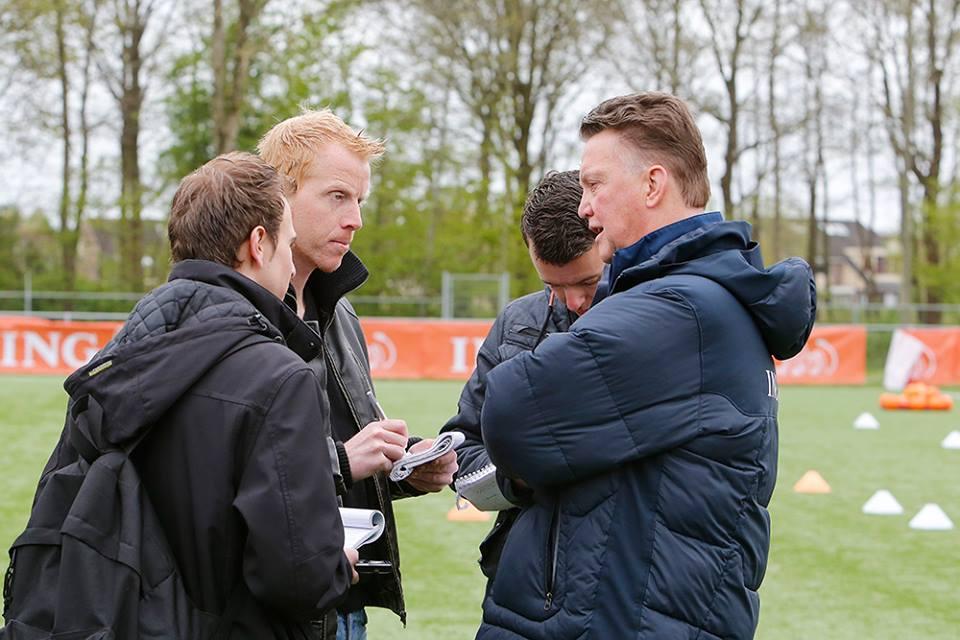 Interview met Louis van Gaal in Drachten, voor WK