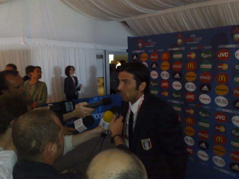 EK 2008 Nederland - Italië, Friesch Dagblad, sportjournalist Gerard Bos 3