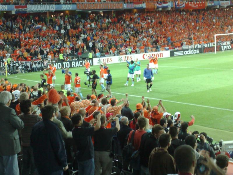 EK 2008: Nederland - Italië, feest bij Oranje vanaf perstribune