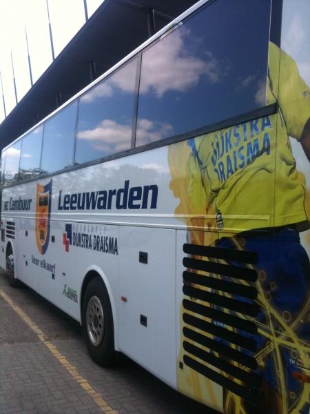 Play-offs 2011-2012: VVV-Venlo - Cambuur  spelersbus